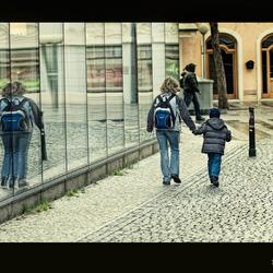 3 leg walk