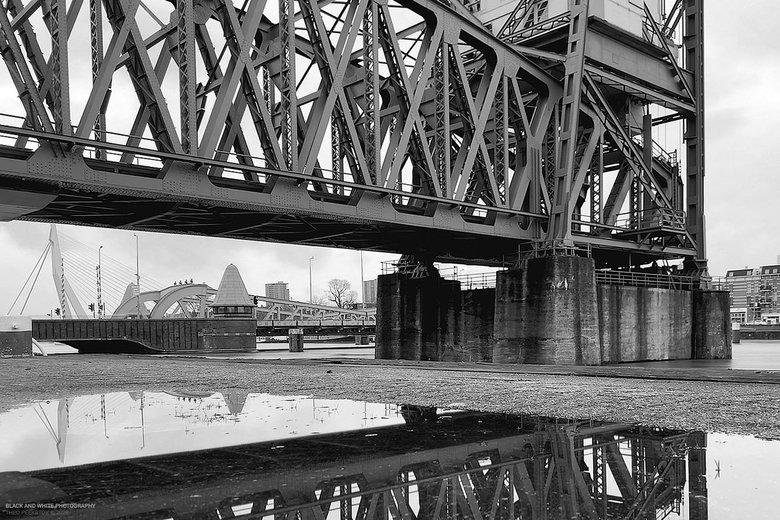 De Hef - Drie bruggen in één beeld.
