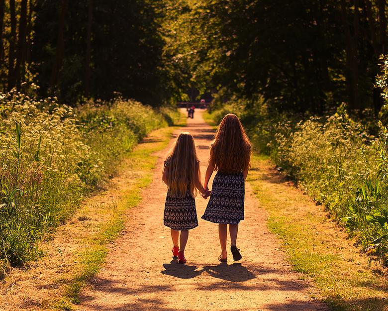 Zussen - Beste vriendinnen en zussen.