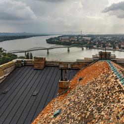 zicht op Donau met Štúrovo
