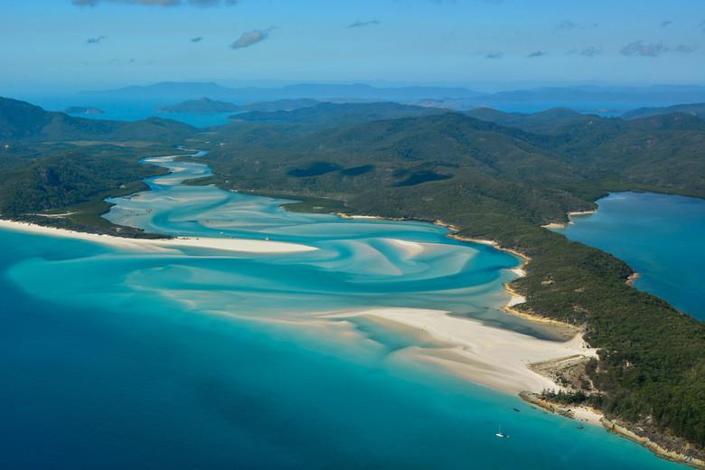 Whitsundays - Perfect place.<br /> <br /> We zijn met een auto van Sydney naar Cairns gereden, dit is tijdens een rondvlucht vanuit Airlie beach gef