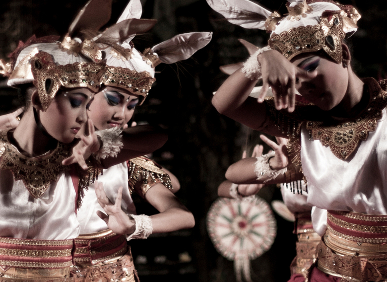 Barong danseressen - Danseressen in Ubud, Bali