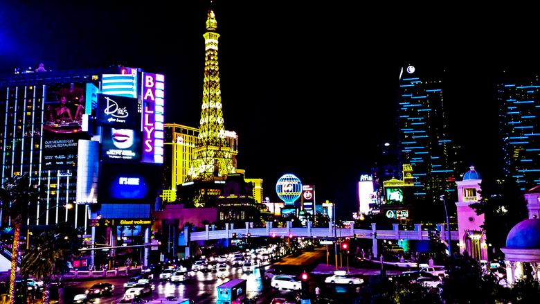 Las Vegas @ night -