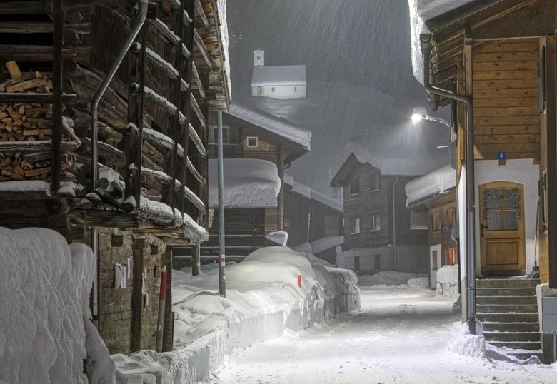 IMG_6357HDRad - Sneeuwbui in de Alpen