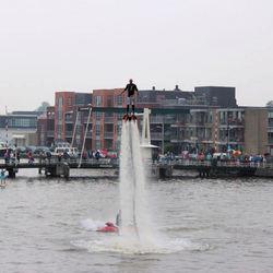 Flyboard Team demonstratie
