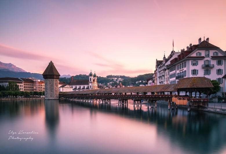 Sunset in Luzern - Zonsondergang in Luzern.<br /> <br /> LEE 0,9 SG + LEE Big stopper