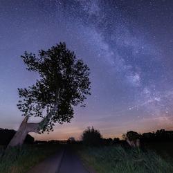 Melkweg in het dorp
