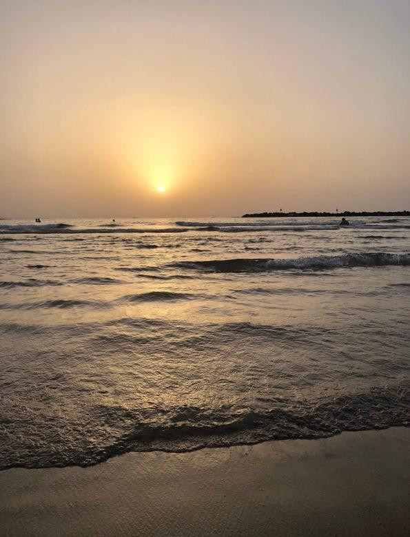 Zonsondergang Tel Aviv strand  -