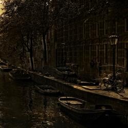 Amsterdam je bent nog net als toen.