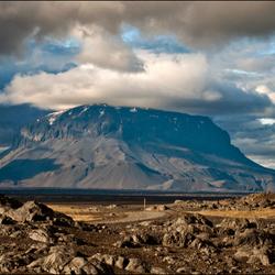 IJsland: Herdubreid  II