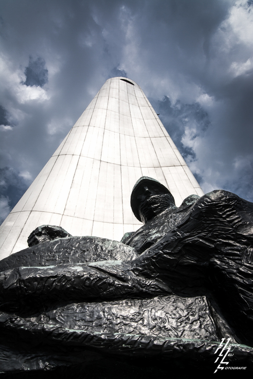 De Boeg - Oorlog monument de Boeg in Rotterdam