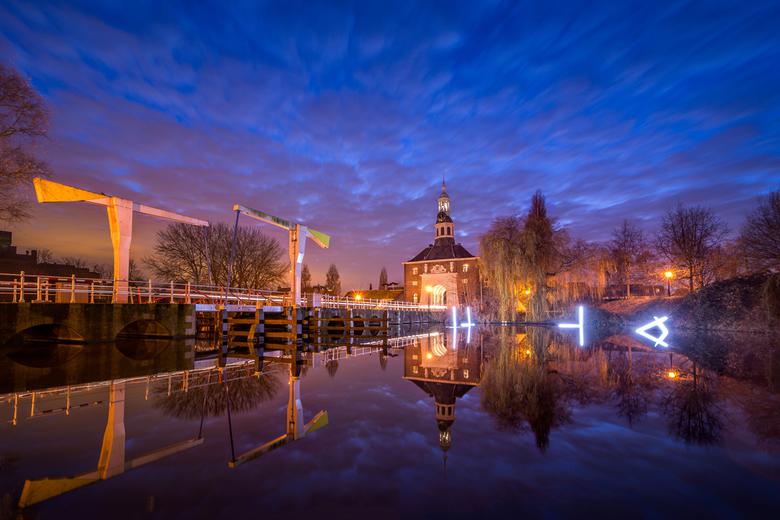 Leiden Zijlpoort by Night - Leiden, Zijlpoort by Night - Martijn van der Nat<br /> <br /> Checkout the beautiful city gate of Leiden, the Netherland