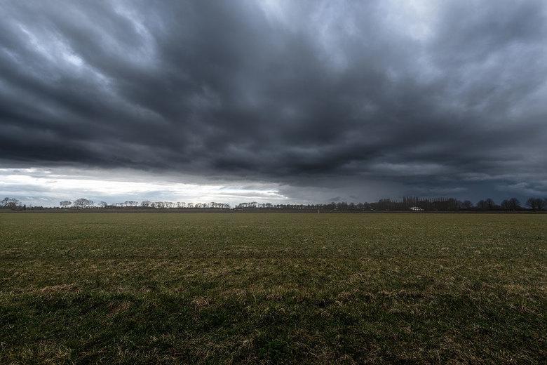 Cloud Invasion -