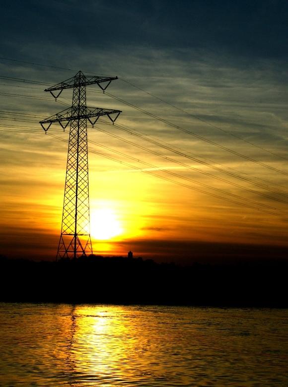 Mast - Zonsondergang in belfeld