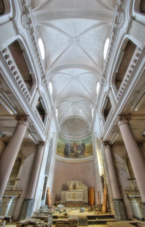 Chapelle des Anciens - Een kapel van een verlaten klooster ergens in België