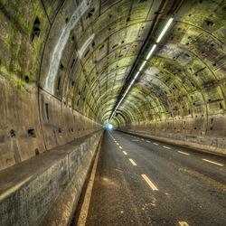 Licht aan het einde van de tunnel!