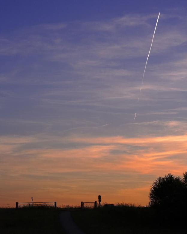 Zonsondergang  - Bedankt voor de leuke reacties onder mijn vorige foto&#039;s. Leuk om te lezen.<br /> <br /> Fijne weekend gewenst.<br /> <br />