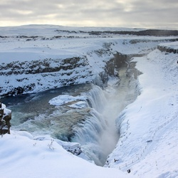 Gulfoss waterval in winters IJsland