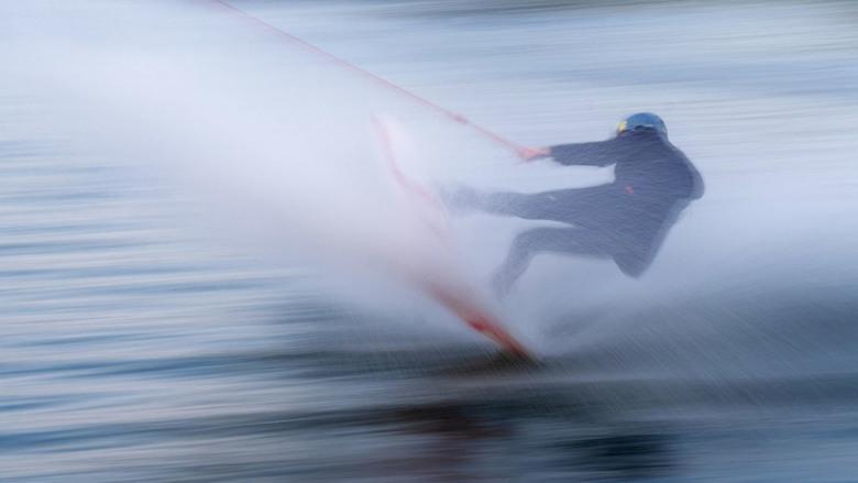 icm van een boardwaterskier - nog even verder met oefenen gegaan en  dan toch leuke resultaten al het begin is er