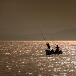 Gardameer bij zonsondergang
