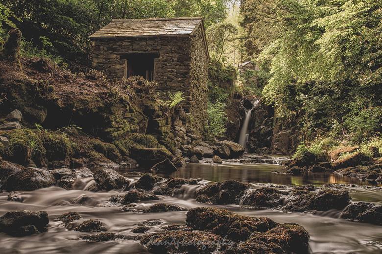 Rydal Falls - Rydal Falls, UK. Voor het zachte water heb'k voor de eerste x gebruik gemaakt van een 10 stops ND filter.