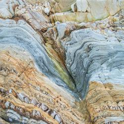 kleurige rotsen