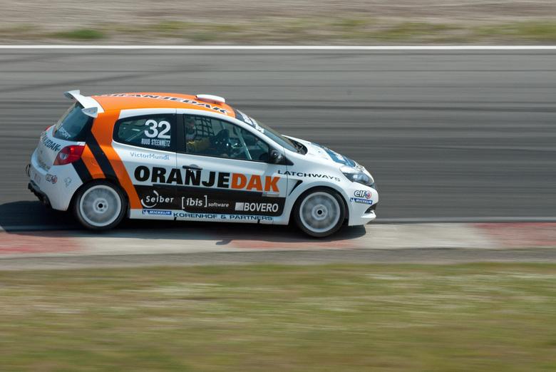 Renault Clio Cup  - Tijdens de pinksterraces