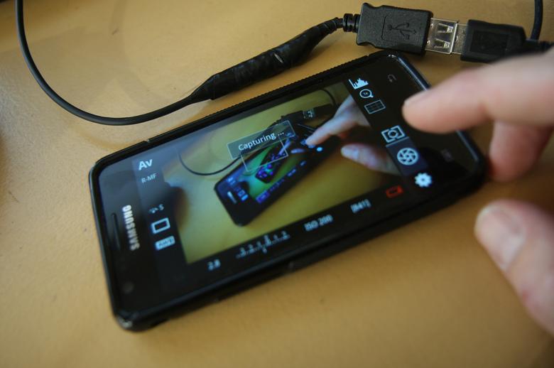 Canon live view op een android device via USB On The Go! - Er is nu android software beschikbaar op dslrcontroller.com om je canon camera aan te sluit