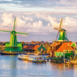 Sunset over the Zaanse Schans