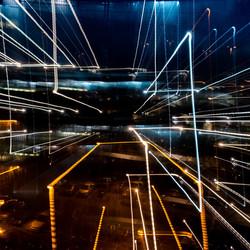 Geometrische nacht licht met lange sluitertijd