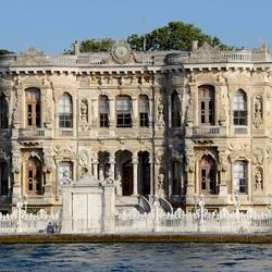 Huis aan de Bosporus in Istanbul