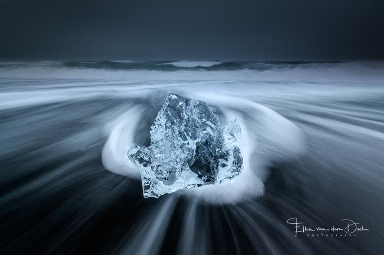 Mixed Emotions - Zo waar zal ik eens beginnen met zoveel foto's van IJsland.... Wat een indrukwekkend en prachtig land is dat zeg! Ik was af en t