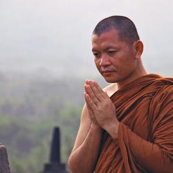 Monnik op Borobudur