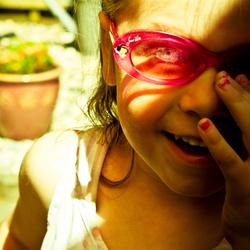 Floortje en de Roze zonnebril