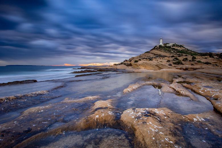 Lighthouse St Juan.... - Al regelmatig deze locatie bezocht, nu toch maar eens mijn camera meegenomen.<br /> Alicante Spanje.
