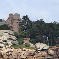 Huis aan Franse roze kust