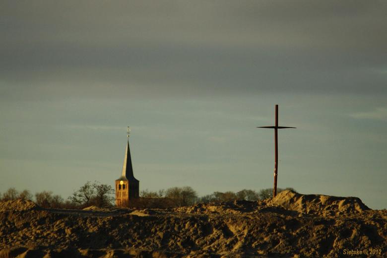 Kruis-Kerk - Vanmiddag gespot in de omgeving van B'molen bij de aanleg van de nieuwe weg.