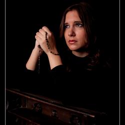 Shannon - Praying