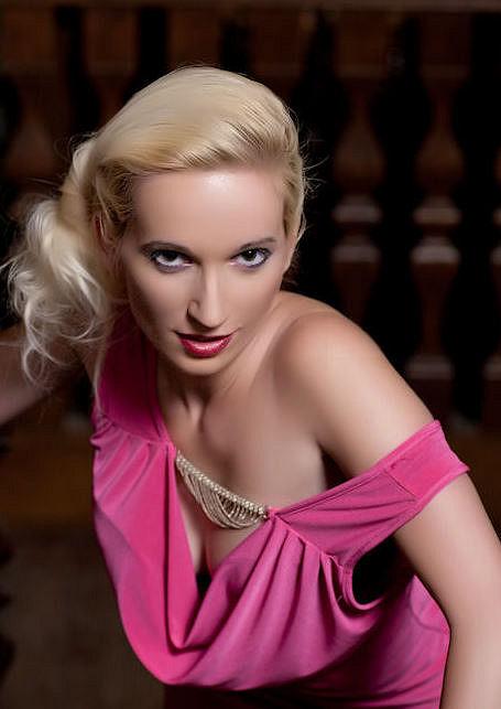 Neri - casting European Top Models