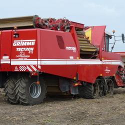 P1410972 Bonnen polder  Aardappel oogst machine 18 sept 2016