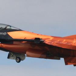 F16 oranje
