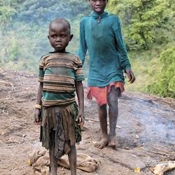 Karamajong meisjes in Moroto, Oeganda