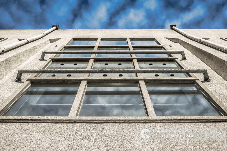 Architecture-fotografie-kootwijk-kampen-Cor-10 - Ochtendwandeling op de Veluwe leverde dit plaatje op van een markant gebouw in Kootwijk.