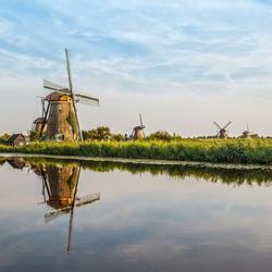 Kinderdijk_molengang