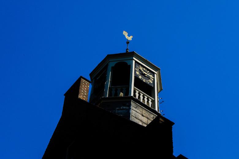 Kerk toren  - Kerk in Deventer met blauwe lucht