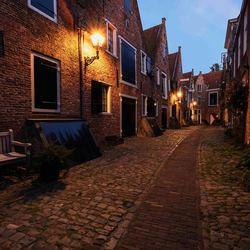 Kuiperspoort Middelburg tijdens blauwe uur