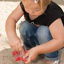 spelen in de zandbak 1