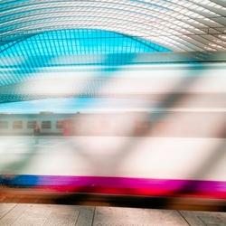 Trein vertrek van Station Luik Gullemins