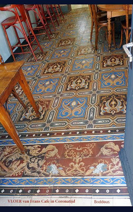 Geen tapijt covid  leegte 1 2006270173mw - Cafe in Bourgogne met de originele tegelvloer. Niet ver van Digoin waar diverse fabrieken van tegels waren