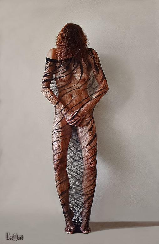 Creative with a pantyhose, only one leg ;) - colour - zelfportret - Zoals het er staat bij mijn titel<br /> Creative with a pantyhose, but with one l